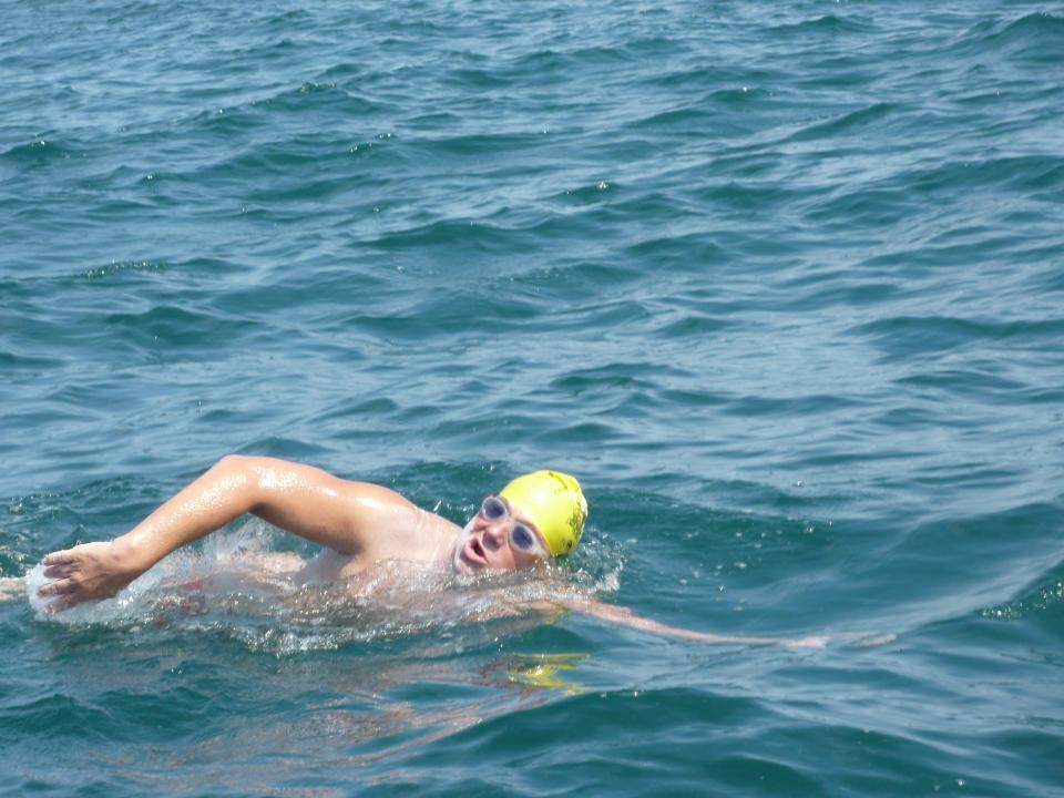 First French disabled person to cross the Channel swim